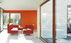 Duże okna - synonim luksusu. Na co zwracać uwagę, kupując okna tarasowe lub okna balkonowe