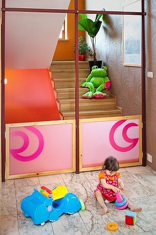 Dom przyjazny dla dzieci. Urządzamy salon, kuchnię i łazienkę
