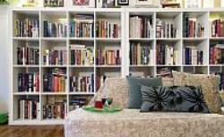 Miejsce na książki. Półki, regały czy szafy?